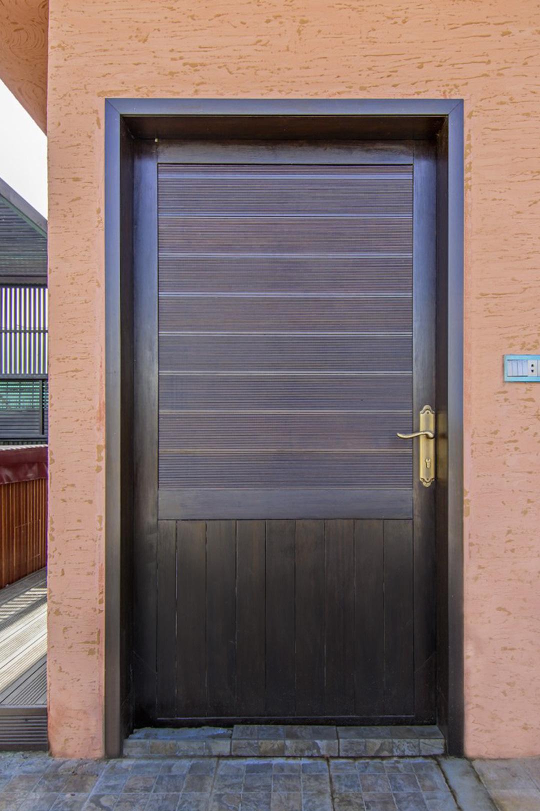 dasso-door-1
